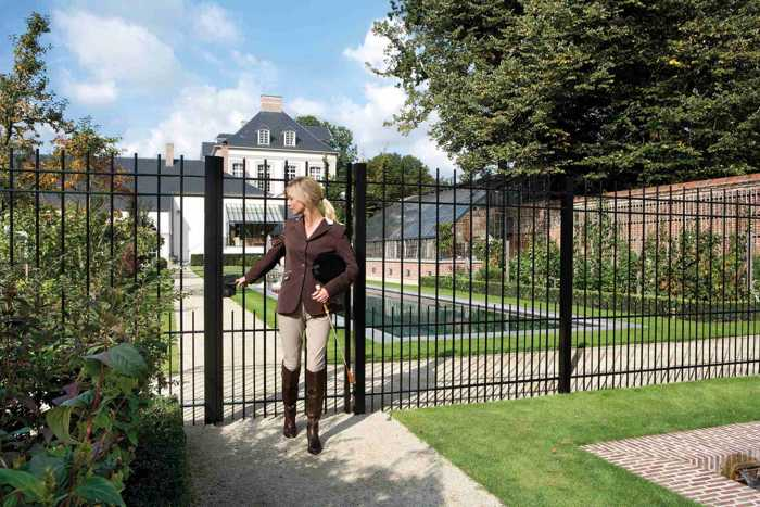 portcullis-gates-and-fencing (1)