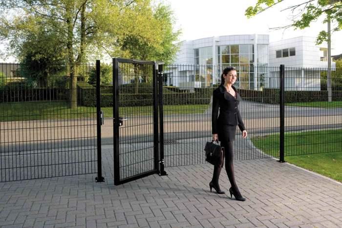 portcullis-gates-and-fencing (11)
