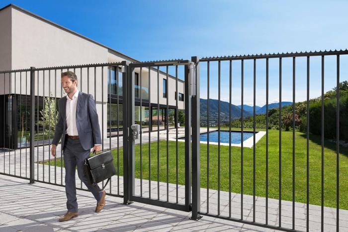 portcullis-gates-and-fencing (7)